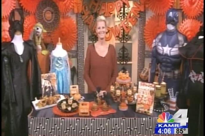 Sandra Lee's Tips for a Spooky Halloween_-2434103079802747411