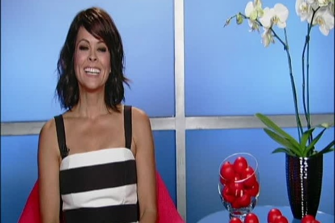 Celebrate Red Nose Day with Brooke Burke-Charvet_6112392445047754313