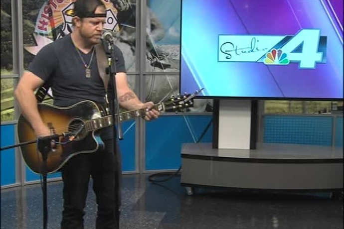 Casey Berry Plays a New Single!_1389552796063186981