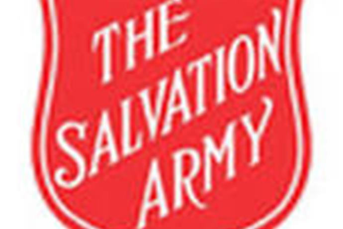 Salvation Army in Clovis Handing Out Donuts to Cannon Air Force Base_-4846648569656490323