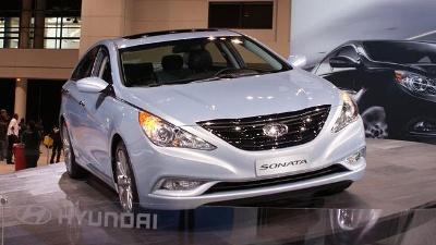 Family-cars---2011-Hyundai-Sonata-1-jpg_20150925181311-159532