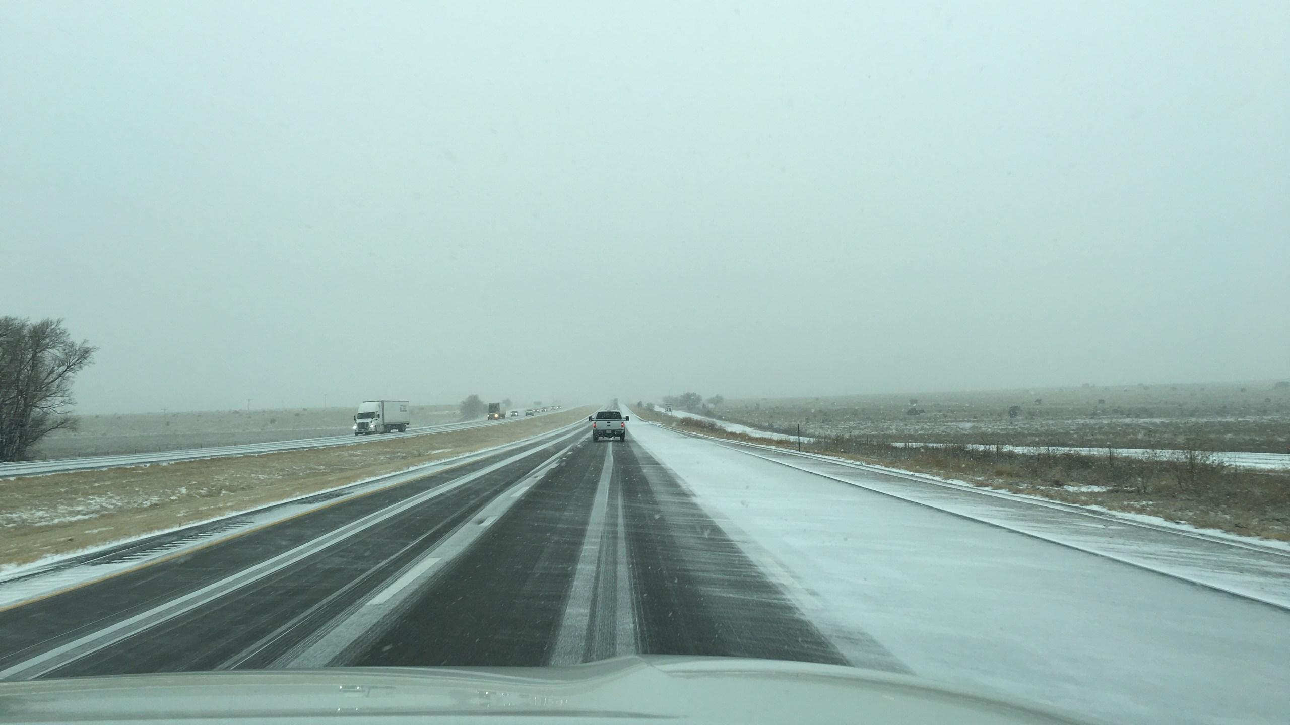 blizzard highway 12-26-15_1451247564717.jpg