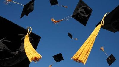 Graduation-caps-jpg_20160418131627-159532