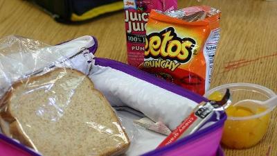 School-lunch-pack-file-jpg_20160307170708-159532