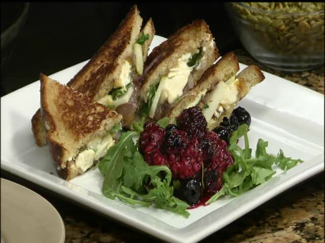 Chef Rocky-s Brie and Fig Grilled Sandwich_49686083-159532