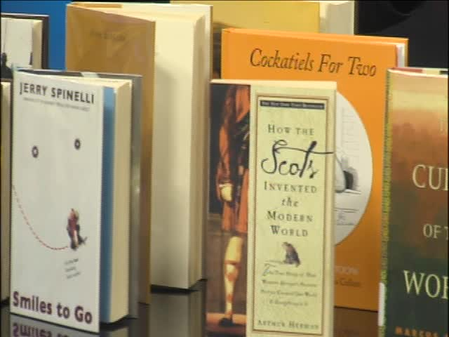 Help the Amarillo Library and Grab Some Books_82675208-159532
