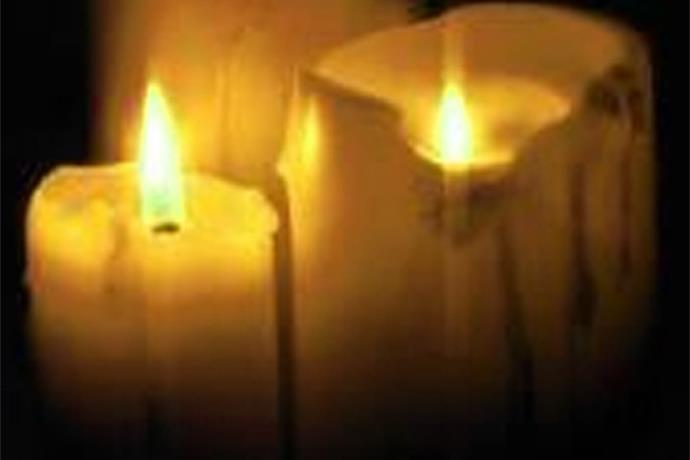 Teens Killed in Wreck Remembered with Candlelight Vigil_6867139958286601407