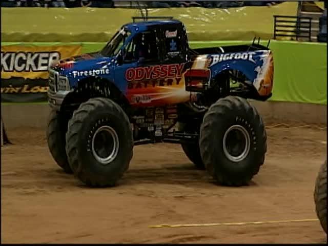 Monster Trucks return to Amarillo-_46043723