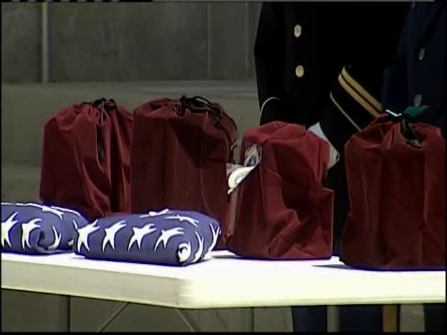 Deceased Homeless Veterans Honored_34128551