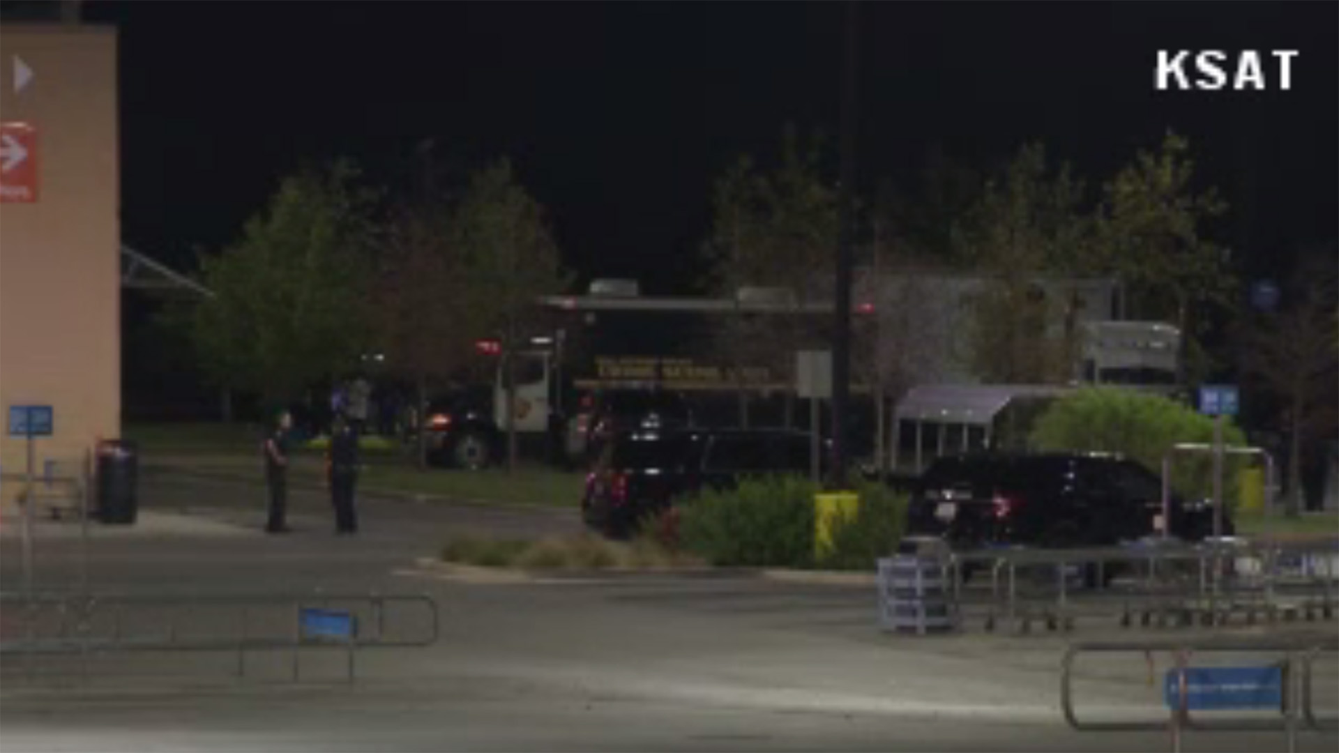 Semitrailer, semi, tractor trailer in San Antonio, video screenshot_1500808717016-159532.jpg66318399