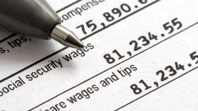 Taxes wages generic_1922374217301174-159532