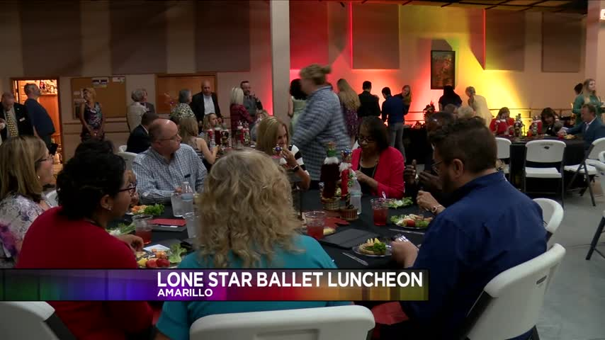 Lone Star Ballet Unveils New Star for Ballet Walk of Fame_06830296