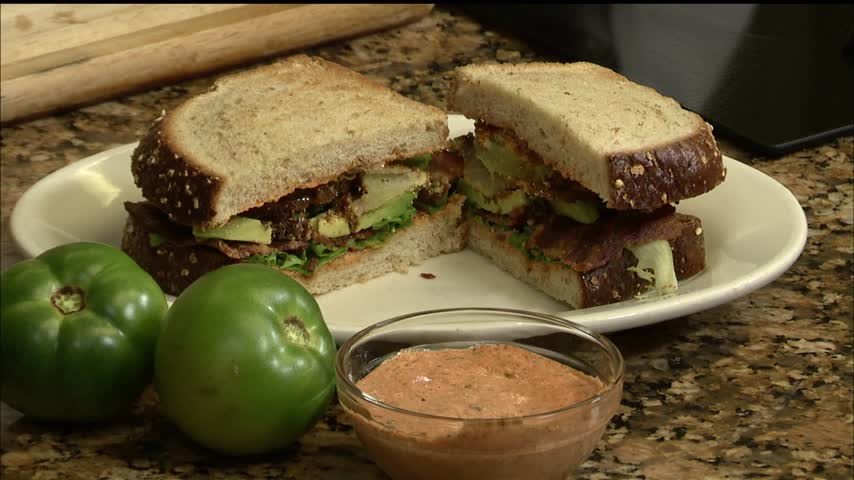 The Pan-Handlers Cafe: Fried Green Tomato BLT