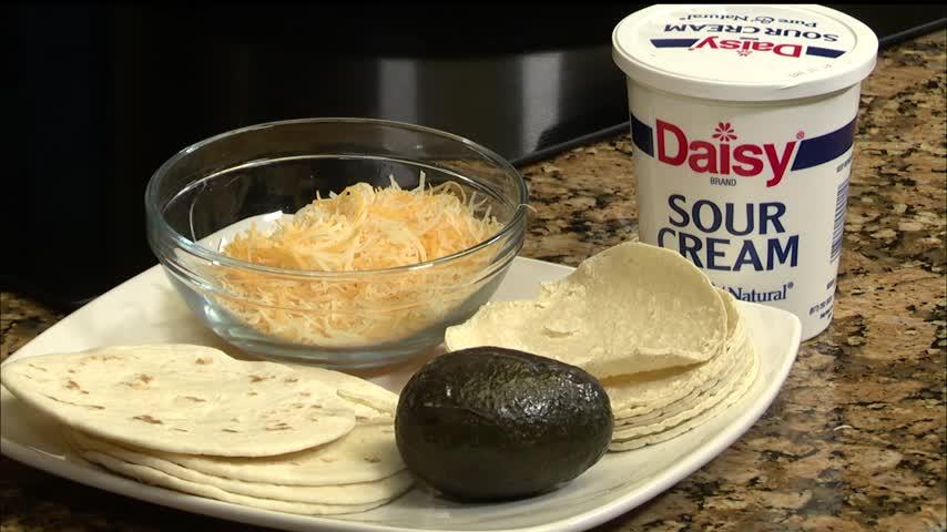Zemer's Deli: Chicken Tacos