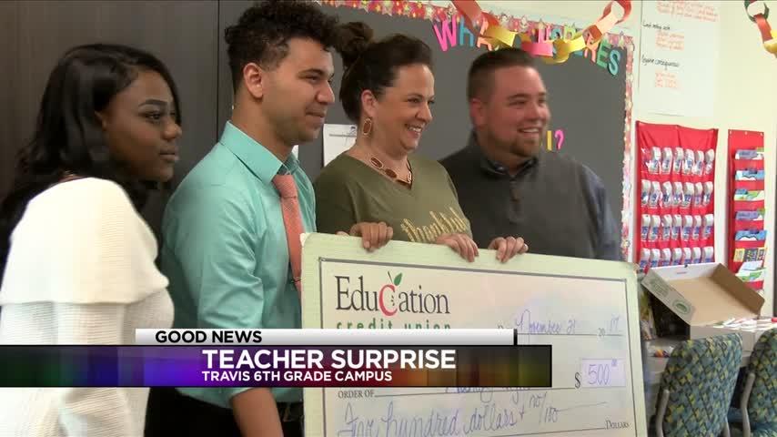 Two Travis 6th Grade Teacher Receive Grant_63225245