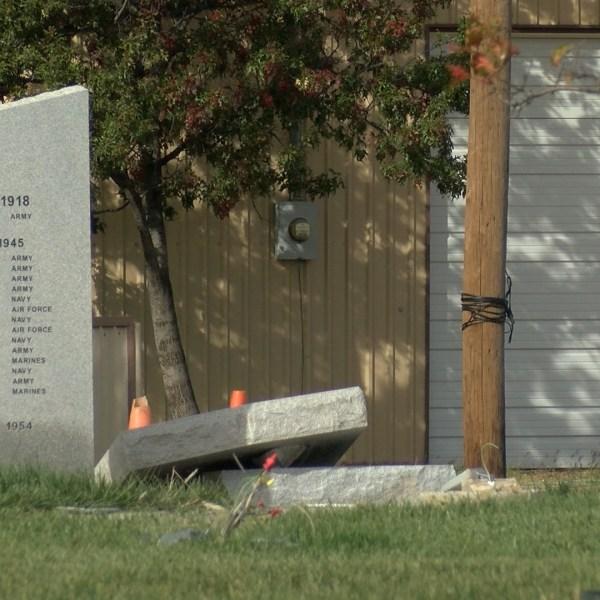 War Memorial Damage0_1509564977727.jpg