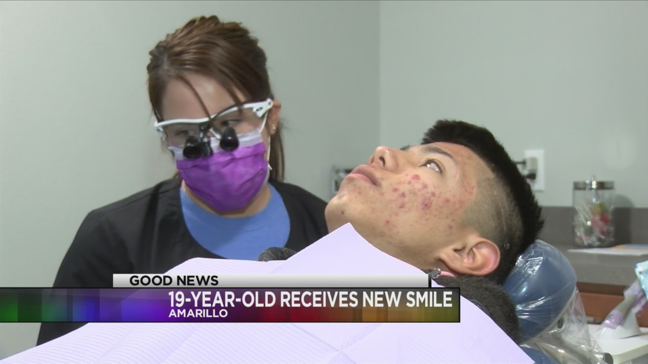 19_Year_Old_Receives_New_Smile_0_20180109015355
