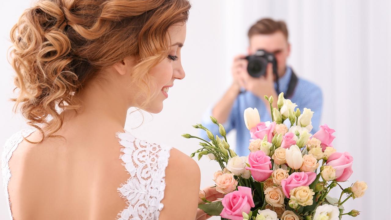 wedding-bride-photographer-photos_1514579042608_326984_ver1_20171230055902-159532