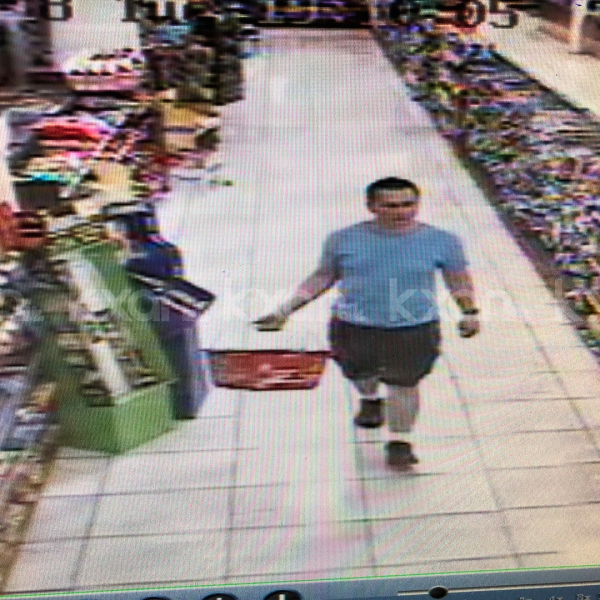 Austin bomber Mark Conditt at Fry's Electronics store in north Austin 2