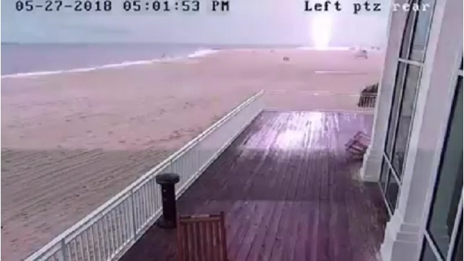 VIDEO: Lightning strikes lifeguard stand, caught on camera