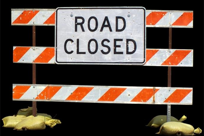Roads Closed After Gas Leak at Valero_-2030205417961470815