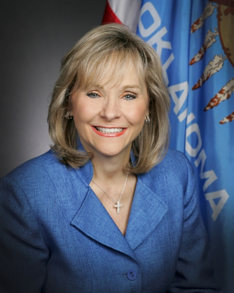 Governor Mary Fallin_1507939326842.jpg