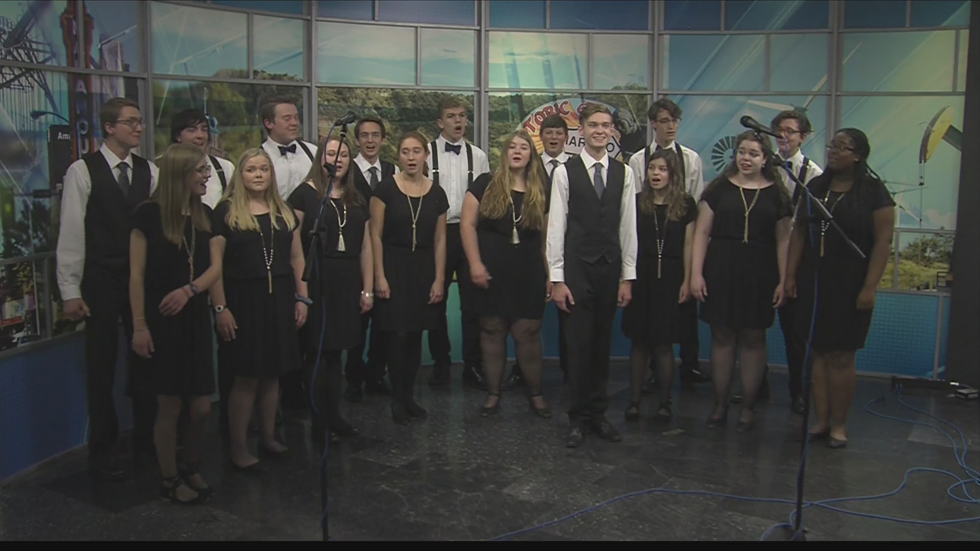 Christmas Classics with New Sound Singers 2