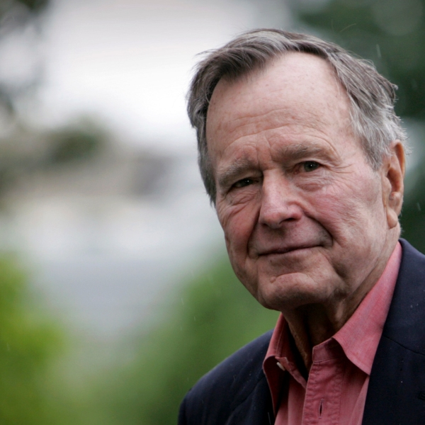 Obit_George_HW_Bush_39960-159532.jpg37417442