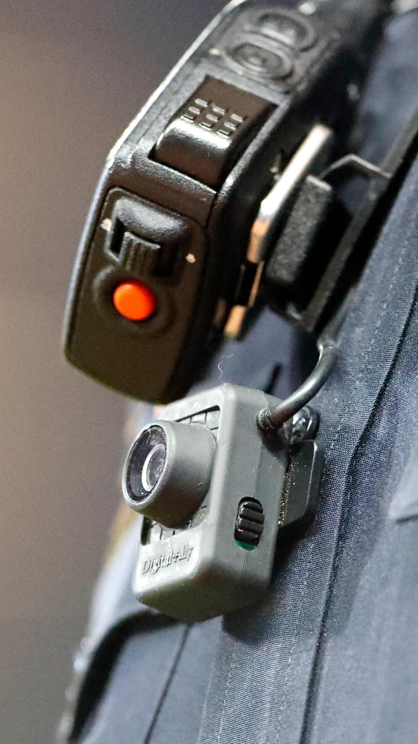 Police BODY CAMERA_1552475013356