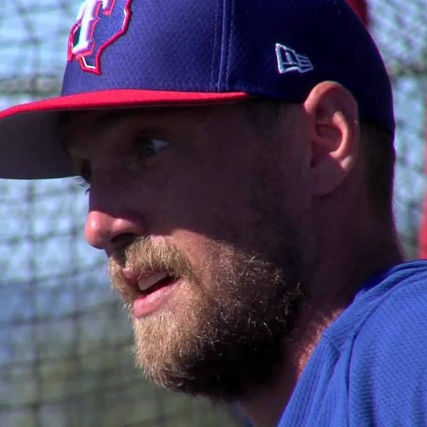Hunter_Pence_finally_playing_for_childho_3_20190304233528-3156084