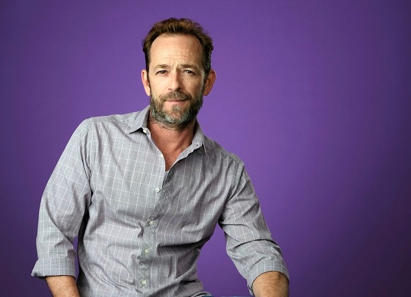 People Luke Perry_1551721958435-873736139