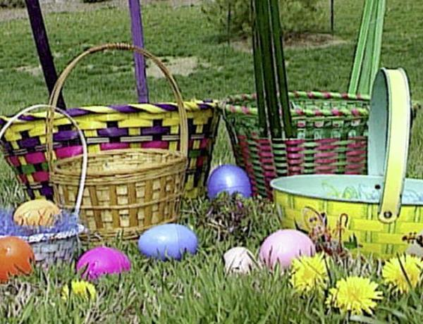 Early Easter Egg Hunt_-3017777168181211278