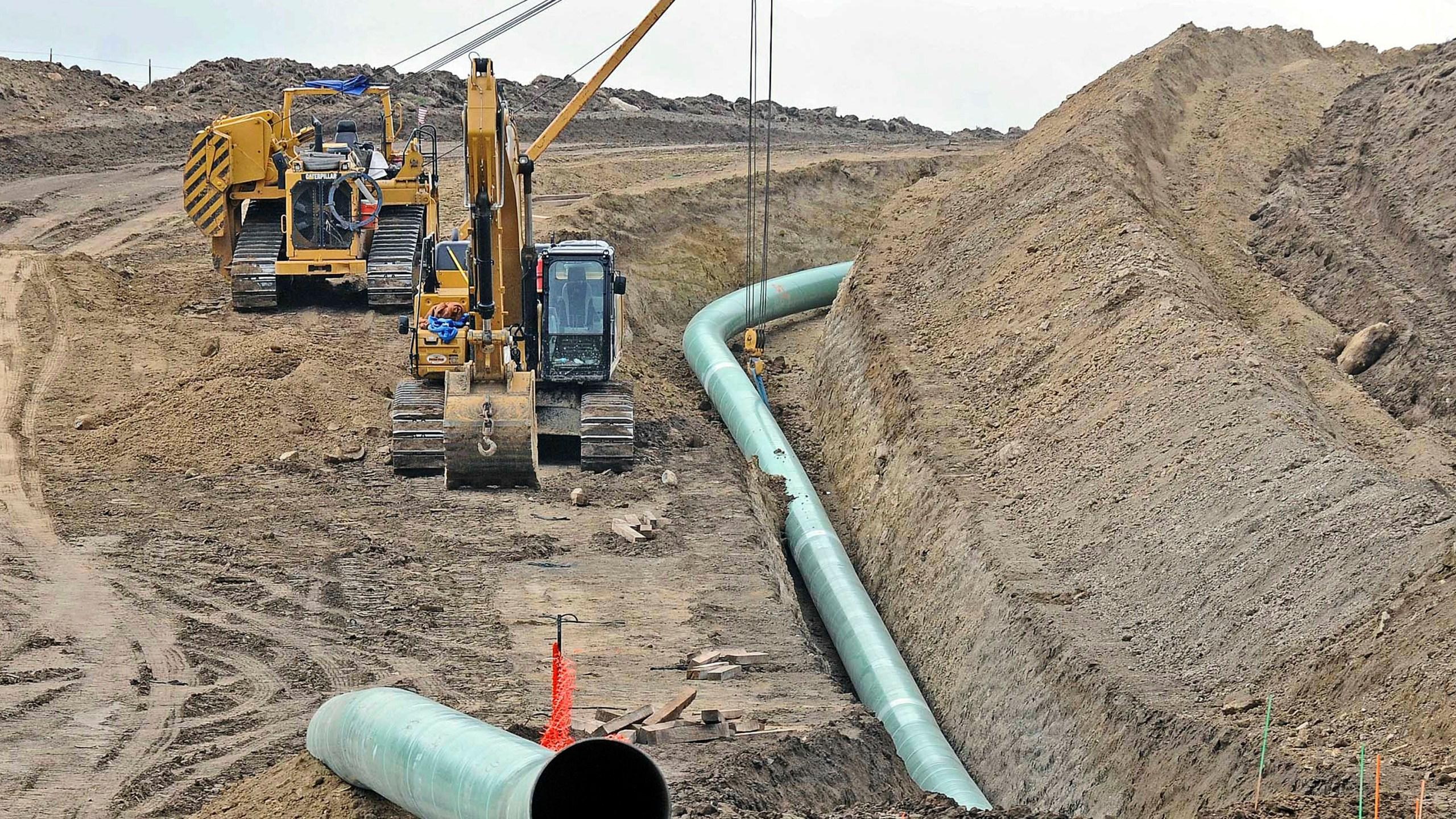 Oil_Pipeline_99804-159532.jpg84670731