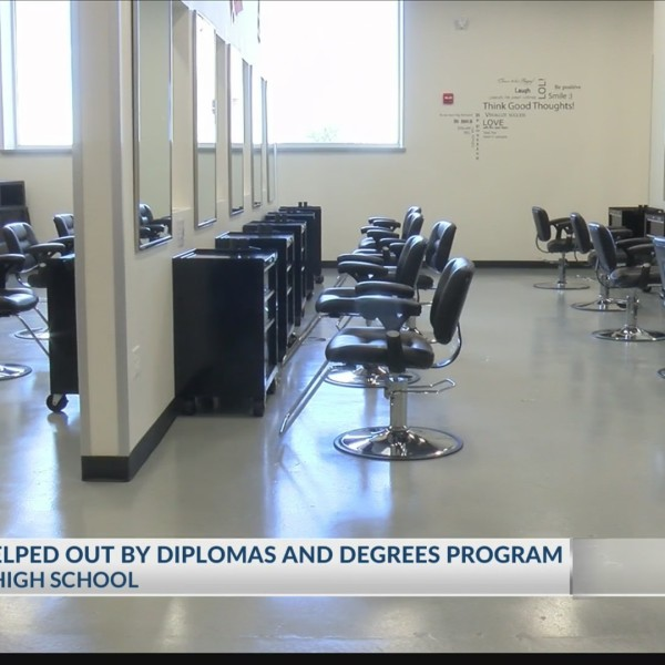 River Road ISD offers college certifications to graduating seniors