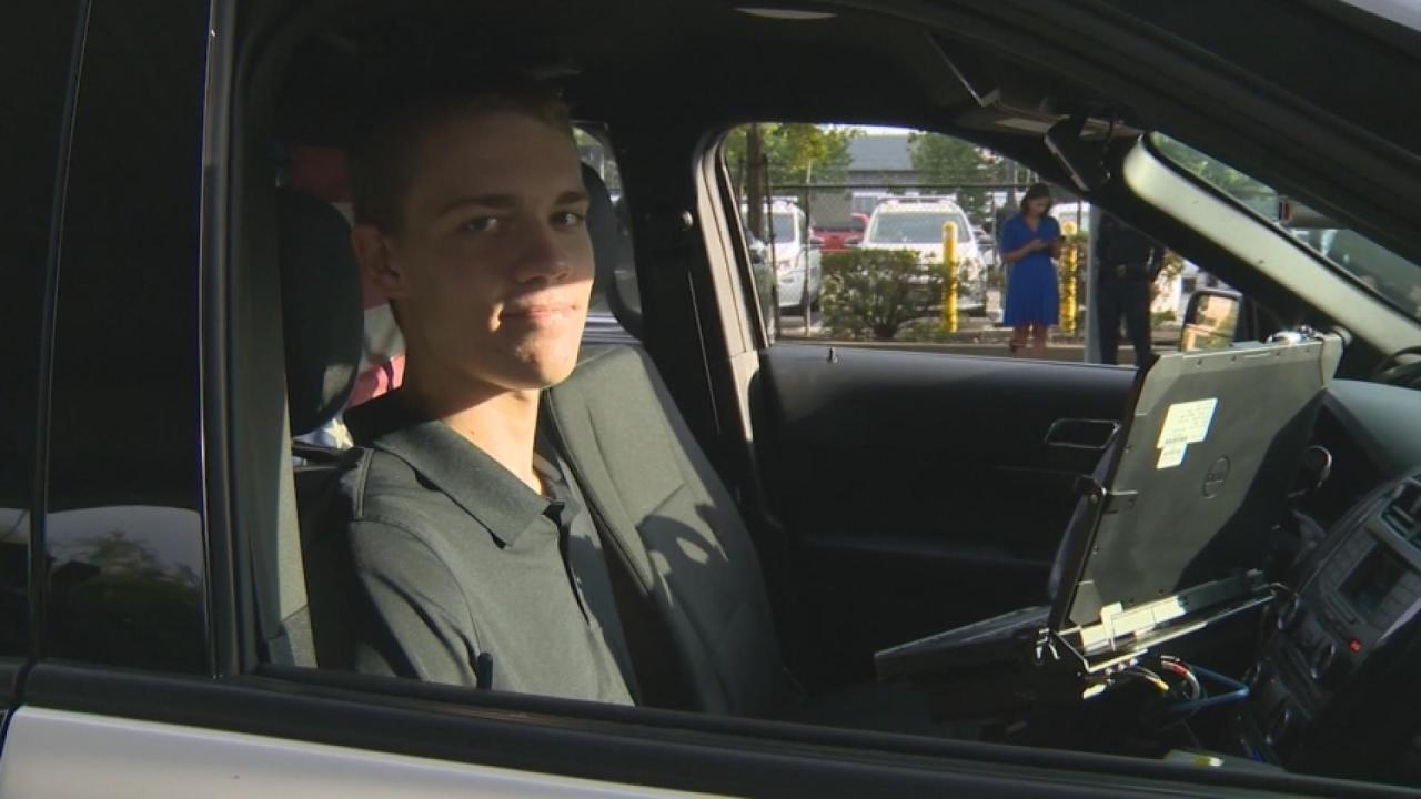 Teen Helps K9 Officer During Ridealong Kamr