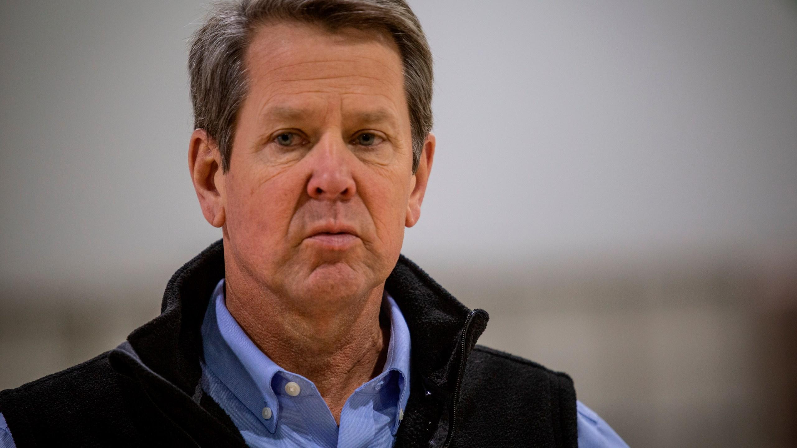 Gov. Kemp takes tour of massive temporary hospital