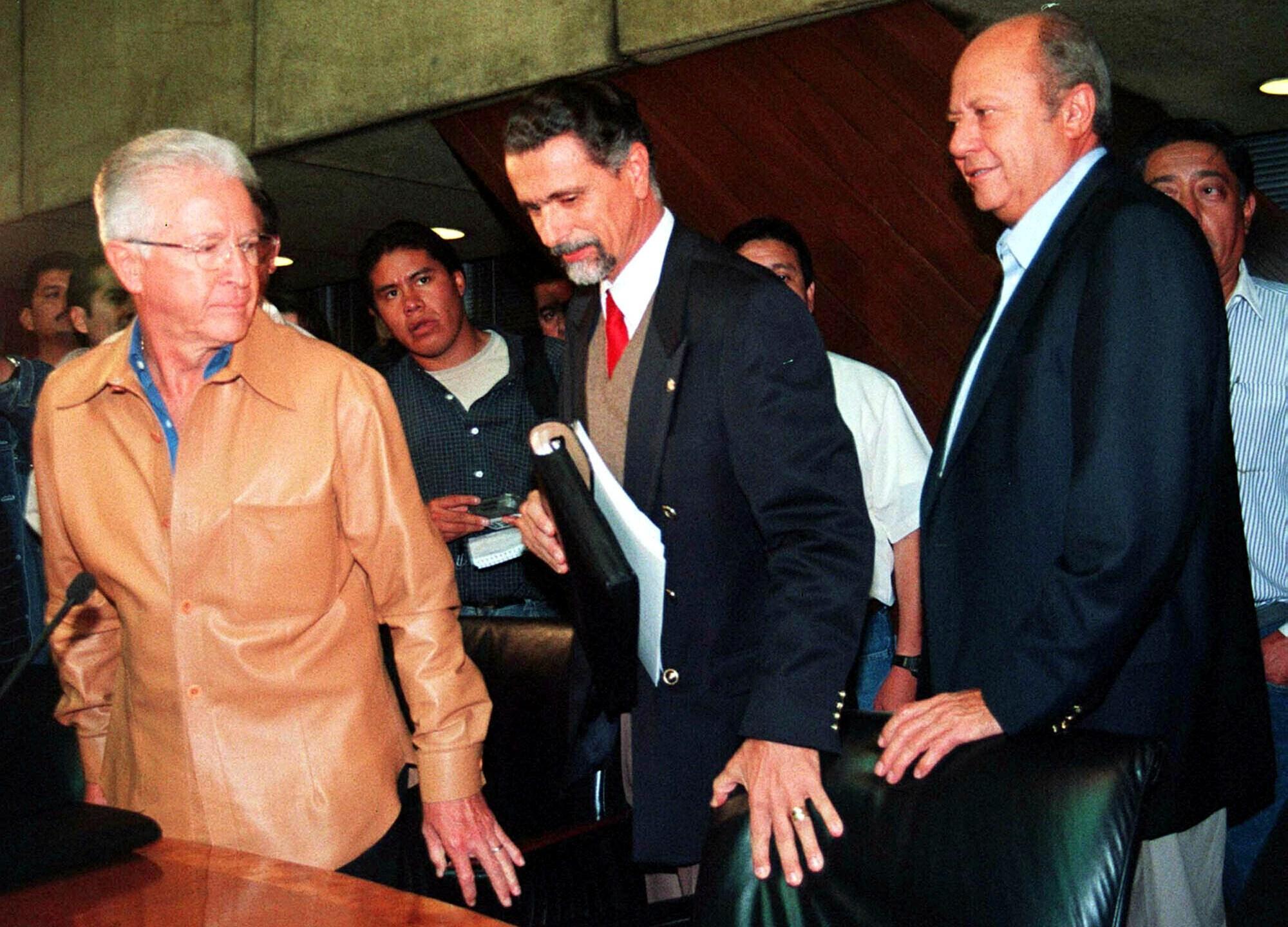 Carlos Romero Deschamps, Carlos Maria Abascal, Raul Munoz Leos