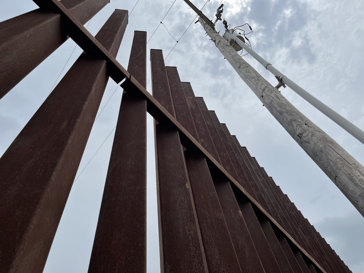 Texas lawmakers hope to protect COVID-19 relief funds from 'potential misuse' for border wall | KAMR - MyHighPlains.com